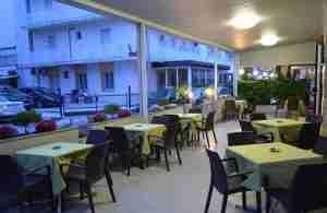 Hotel Laura Rimini - Rivazzurra - hotel economico Rimini
